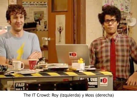 Roy y Moss, de la serie The IT Crowd