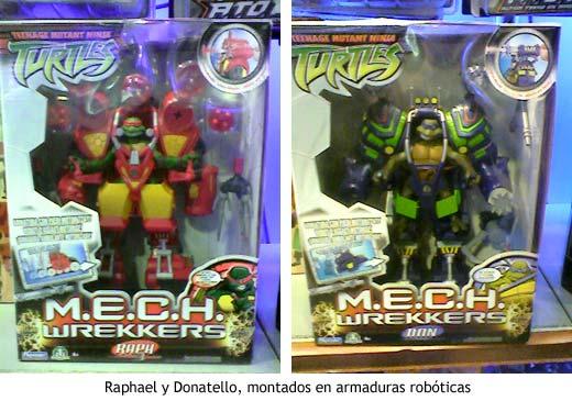 Muñecos de Raphael y Donatello, montados en armaduras robóticas.