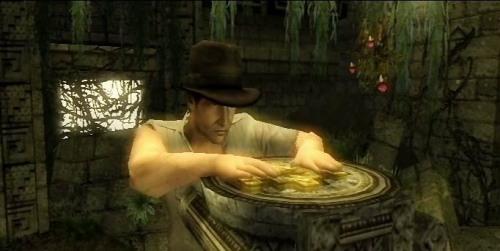 Indiana Jones y el Cetro de los Reyes - Colocando un artefacto indígena