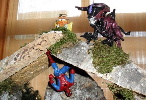 El Belén friki de ion litio - El ángel, el buey y Spider-Man