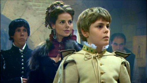 Águila Roja - Capítulo 1 - Marquesa e hijo