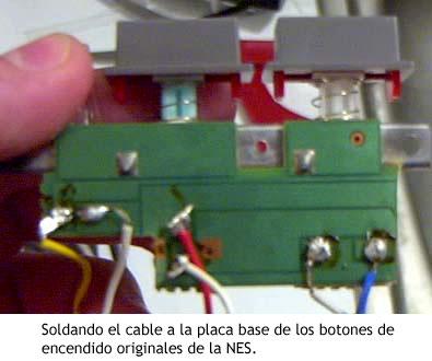 NES PC - Soldadura de cable para utilizar los botones de encendido originales de la NES