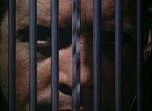 The Prisoner - barrotes