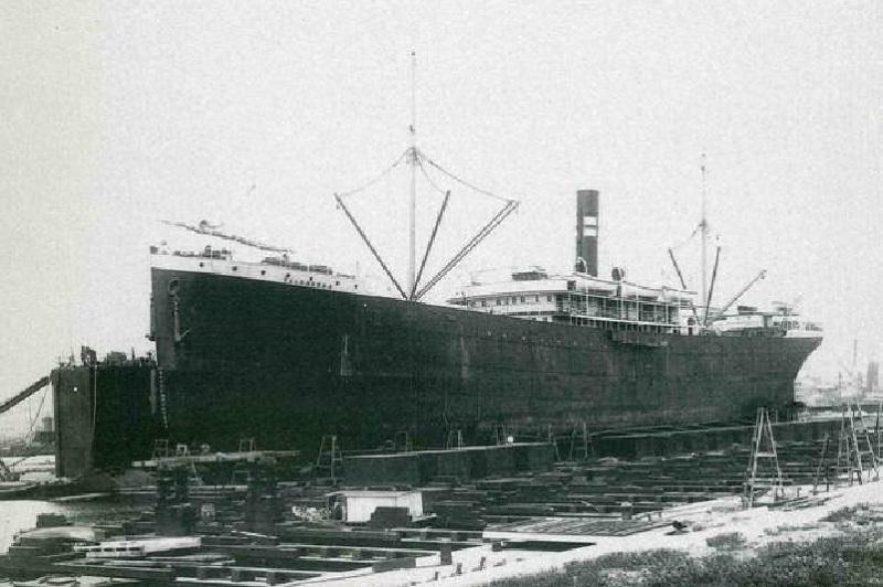 El naufragio del Valbanera - Atracado en Barcelona