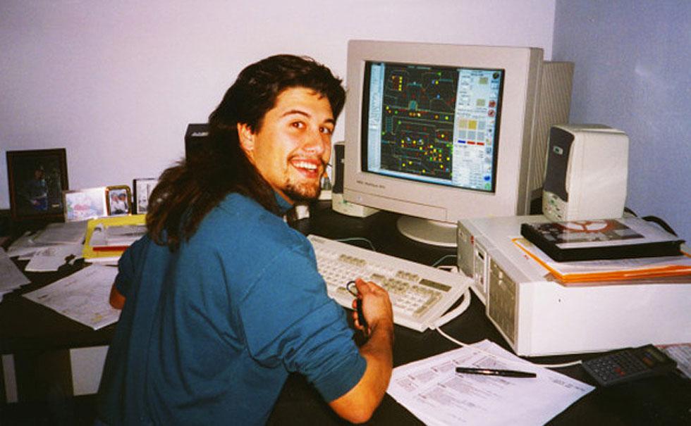 John Romero trabajando en un nivel de Doom